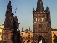 Superbes photos couleur de Prague en 1975